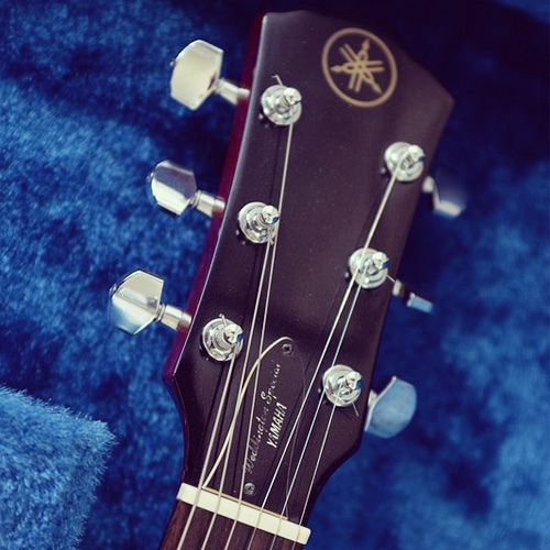 Yamaha Weddington Special headstock