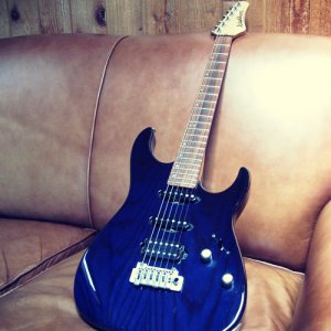 Washburn Mercury MG100 Pro Trans Blue