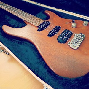 Washburn Mercury MG90