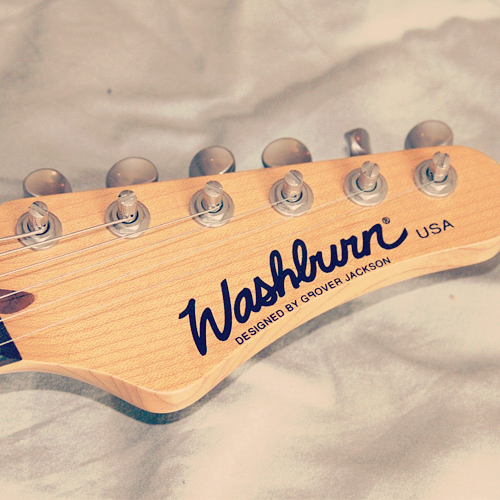 Washburn Mercury MG102 headstock