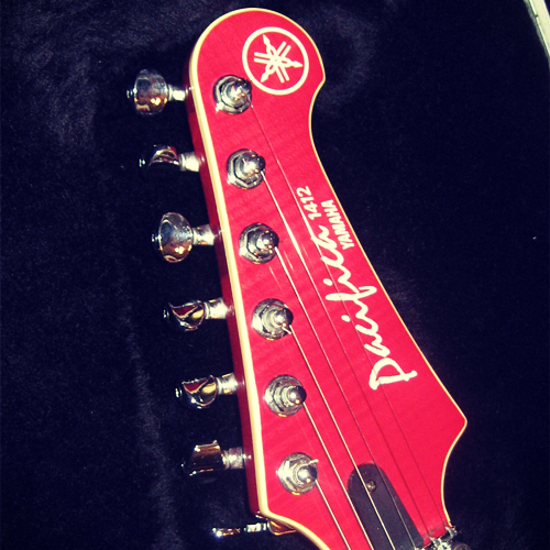 Yamaha Pacifica 1412 headstock