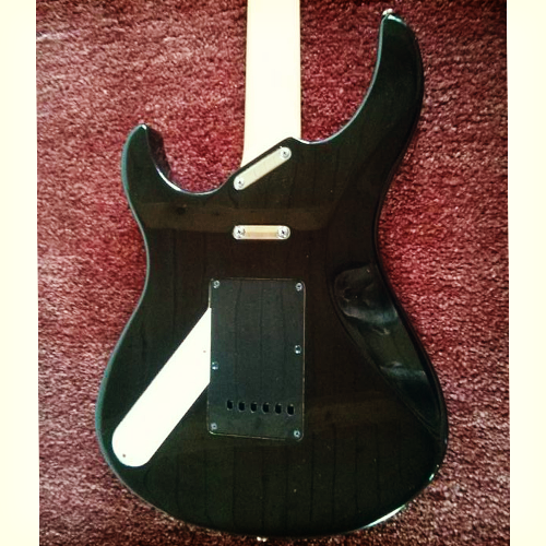 Yamaha Pacifica 712 back