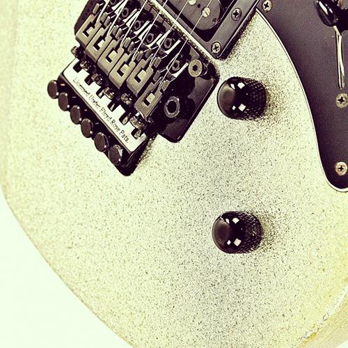 Yamaha Pacifica 821R
