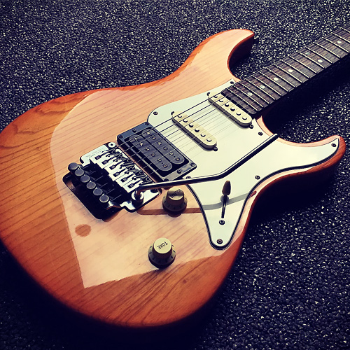 Yamaha Pacifica 912j Specifications