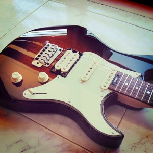 Yamaha Pacifica 904
